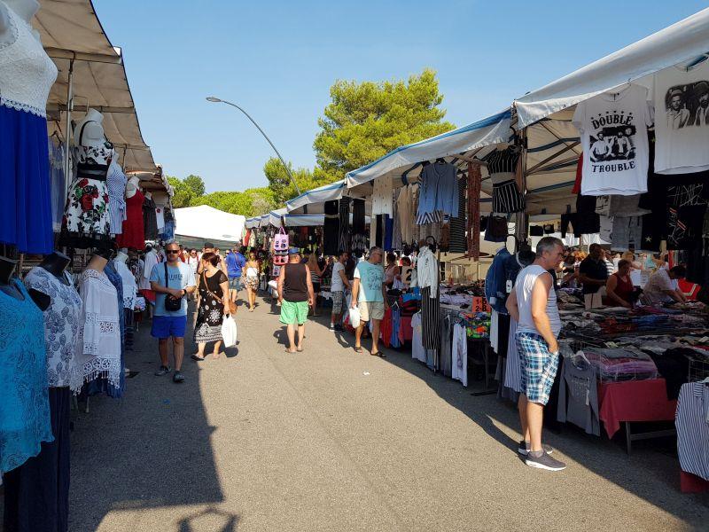 Markttag in Bibione