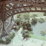 Am 'Tour Eiffel', 1973