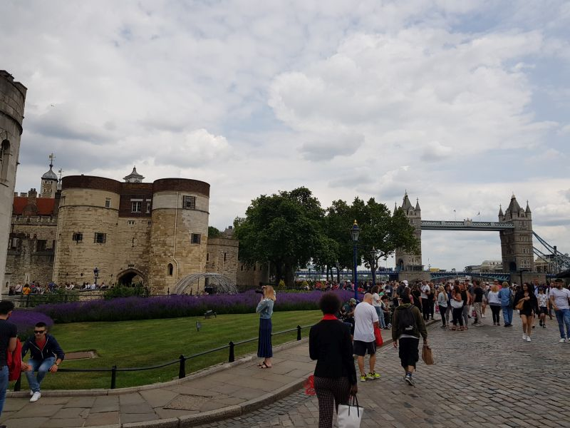 Vor dem 'Tower of London'